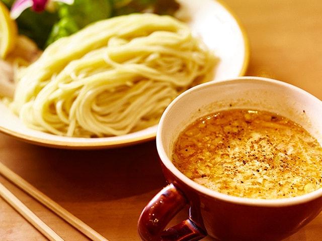池袋のつけ麺専門店8選!濃厚ドロ系スープに明太子メインの変わり種も